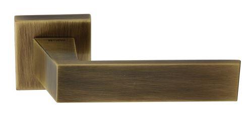 Dveřní dělené rozetové kování POMBAL-QR Klika štít hranatý